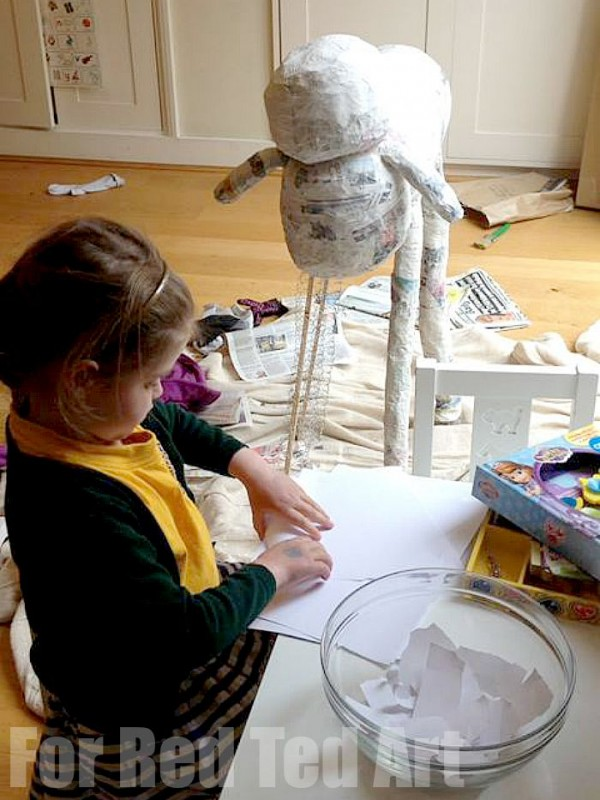 How to make Papier Mache Sculptures - shaun the sheep - papier maching - getting there