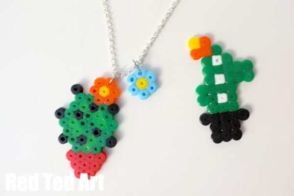 Summer Jewelry for kids - make some Cactus Perler Bead Patterns - too cute.