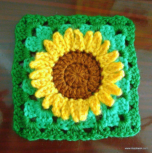 free sunflower Granny Square