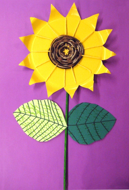 paper plate sunflower weaving craft