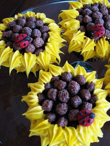 sunflower-cupcakes
