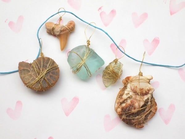 beautiful nature crafts - easy shell and rock pendants