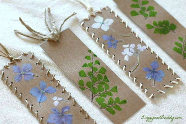 Nature crafts 101 20 stunning crafts using items found for Dried flowers for crafts