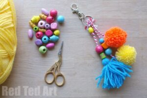 DIY Purse Charms, make these easy charms in any colour and bead combination to make them just right for you. Great as gifts too