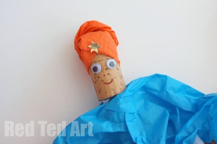 Tissue Paper and Cork Puppets - make the holy kings for Christmas