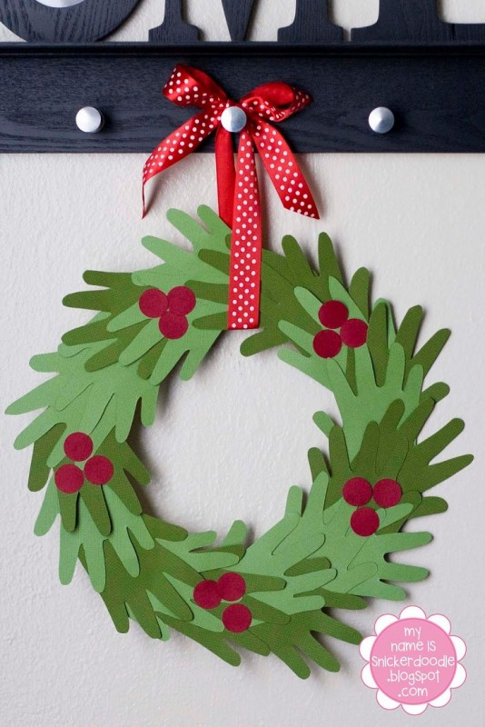 handprint christmas wreath idea