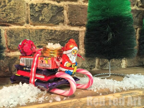 Santa Candy Sleighs - so fun and easy to make - what a great Stocking Filler or Secret Santa Gift Idea