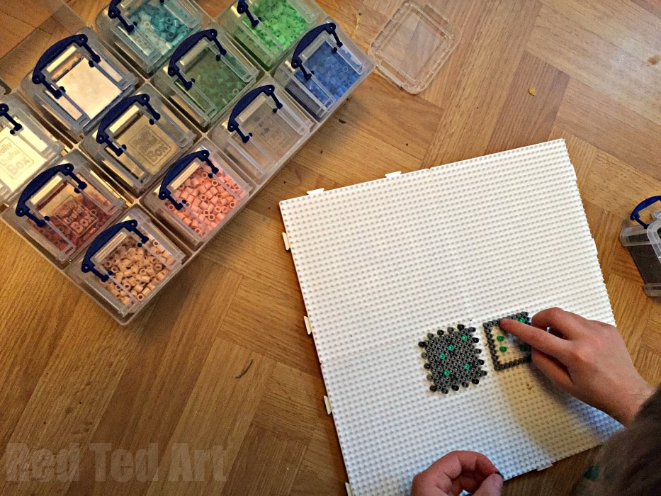 minecraft perler bead cube - how to make a perler bead box pattern