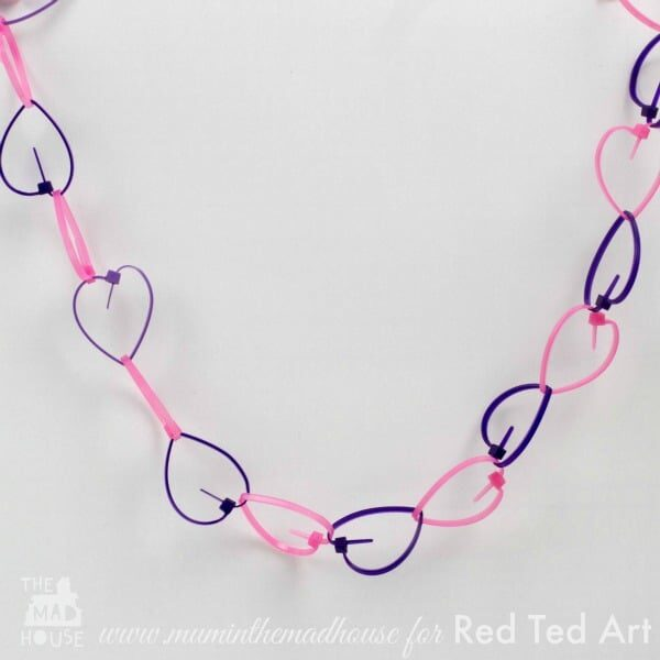 Cable Tie Crafts (Zip Ties) here is a fun and quirky craft for using cable ties - turn them into a quick and easy heart garland (6)
