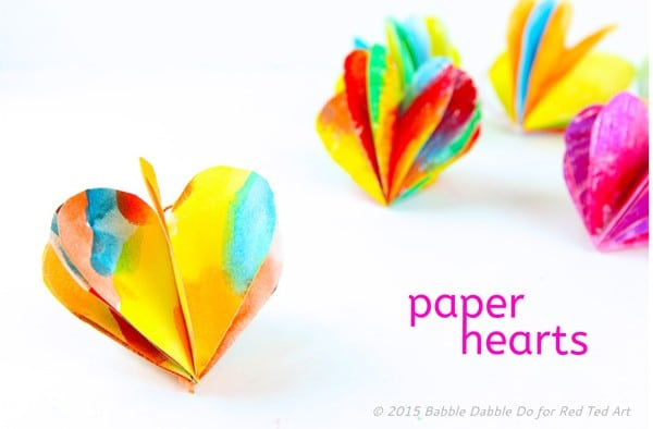 How to make 3D Paper Hearts - these are adorable and are a perfect decoration all year round - but especially for Valentine's Day and Christmas. (3)
