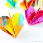 How to make 3D Paper Hearts - these are adorable and are a perfect decoration all year round - but especially for Valentine's Day and Christmas. (4)