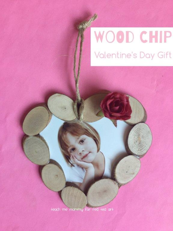 DIY Heart Ornament, doubles up as a Picture Frame too and makes a lovely Valentine's Day Gift or Christmas Ornament (2)