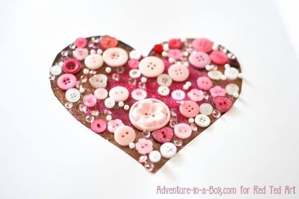 button-heart-gift-wrapping-5