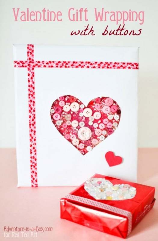 valentine-gift-wrapping-with-buttons