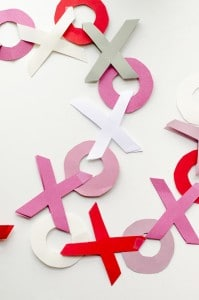 valentines day decorations - hugs and kisses garlands!