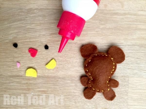 Cute Felt Softies Free Pattern - sewing a bear project