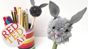 bunny pom pom pencil topper DIY - a cute, fun and easy craft