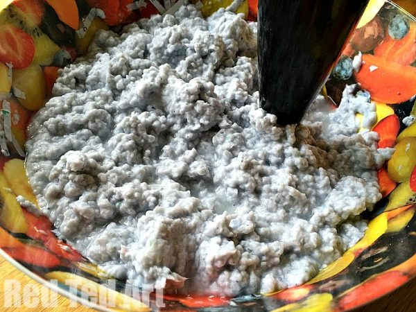 Pulpping shredded paper to make paper clay