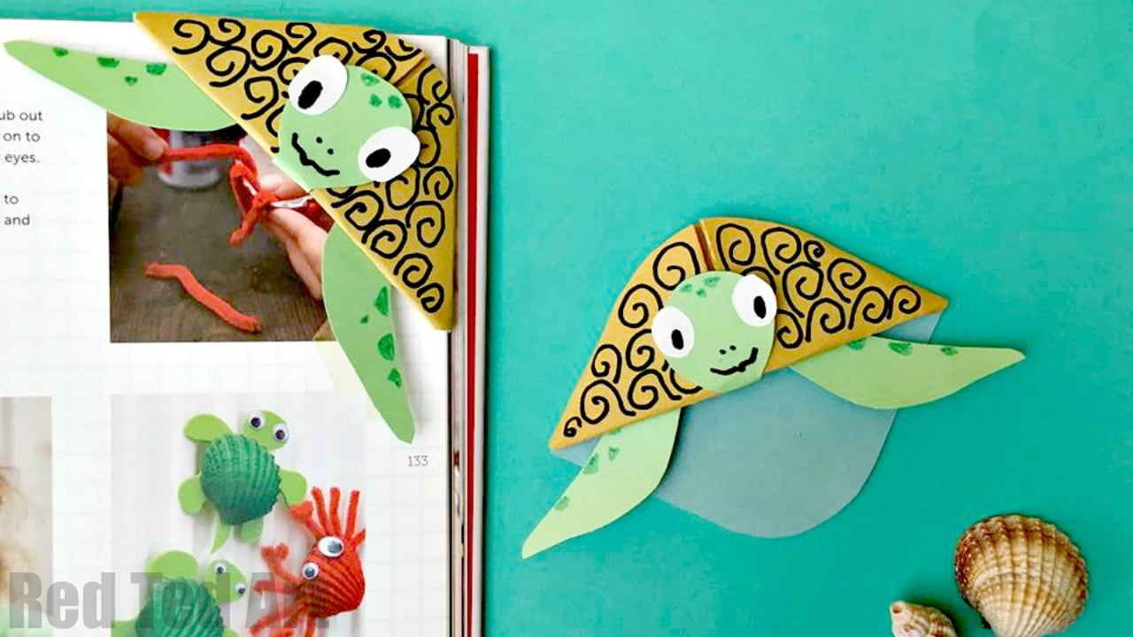 Easy turtle bookmark corner red ted art 39 s blog for Art and craft books for kids
