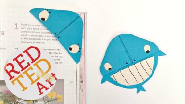 Whale Corner Bookmark Design - based on the classic Origami Bookmark, you can create a Easy Whale Origami Bookmark Design. More Kirigami than Origami, but adorable none the less. The perfect Paper Whale Bookmark craft for kids! #Whale #bookmarks #cornerbookmarks