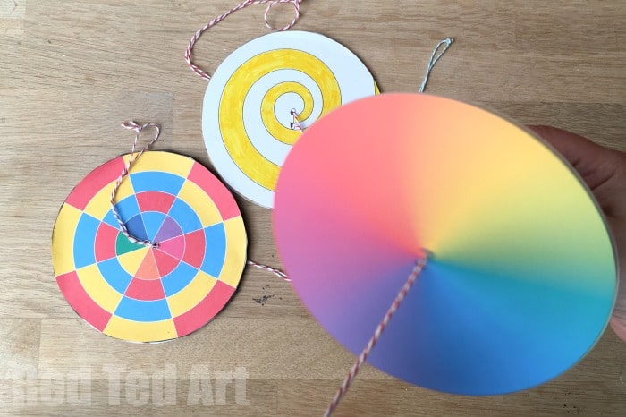 DIY Paper Spinner - Great for an STEAM lessons on colour theory