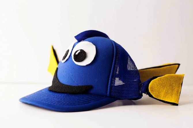 Finding-Dory-DIY-ideas-make-your-own-Dory-Hat-670x447