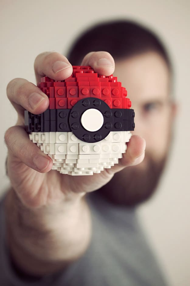 Pokeball lego craft