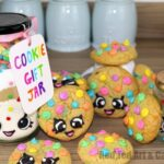 Gorgeous Rainbow Cookie Gift Jar Set - inspired by both Kawaii and Shopkins, these are simply adorable to make and give!