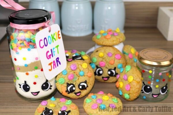 Gorgeous Rainbow Cookie Gift Jar DIY Set - inspired by both Kawaii and Shopkins, these are simply adorable to make and give!