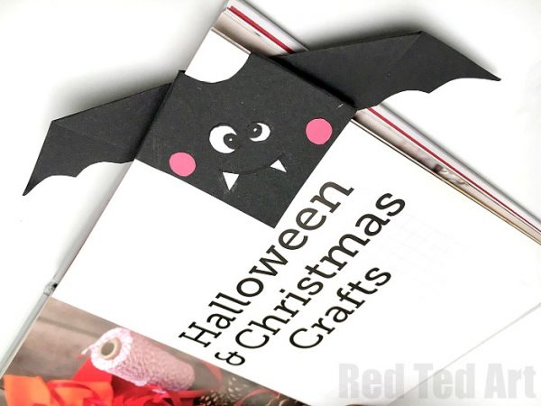 Simple Bat Corner Bookmark - learn how to make this easy Origami Bookmark Bat! Perfect for Halloween Paper Crafts for kids! Adorable Paper Bat Bookmark!