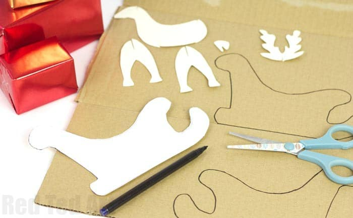 creative-gift-wrapping-with-scotch-tape-step-c