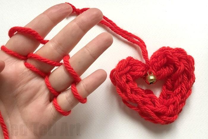 Finger Knitting Rhyme : Finger knitting ideas red ted art s