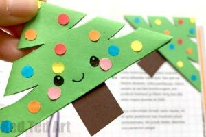 Christmas Tree Bookmark Idea - Love this Corner Bookmark Design. Great for Christmas