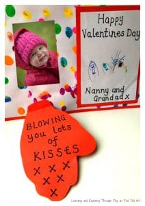 blowing-a-kiss-valentine-card-for-toddlers-1