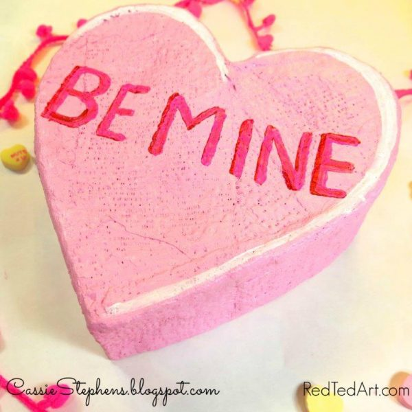 Fun Giant Conversation Hearts DIYs! This is great Valentine's Day Art project for kids - making your own Giant Conversation Hearts Sculptures for Valentines