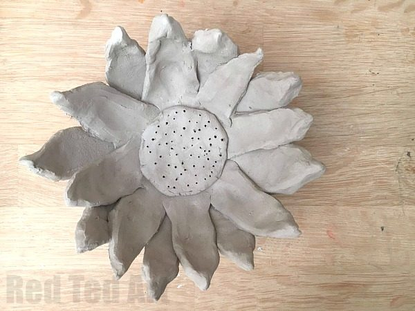 easy-clay-bowl-sunflower