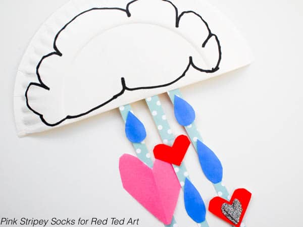 Super cute Paper Plate Rain cloud - Show You with Love this Valentines Day. Or simply decorate a child's room. Oh so sweet. I do LOVE Paper Plate Crafts for Kids!