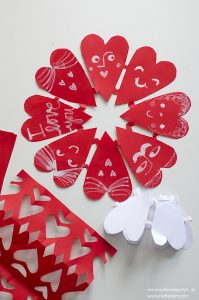 valentines-paper-heart-snowflake-1