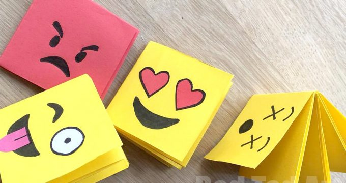 Emoji Mini Notebook DIY (One Sheet of Paper)