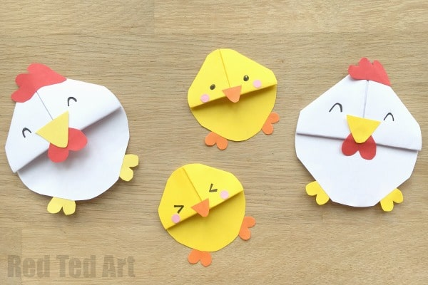Chick Corner Bookmarks - simply adorable and easy bookmarks to make as Easter Corner Bookmarks or Spring Corner bookmarks.. all that is missing now is an Egg Bookmark!!