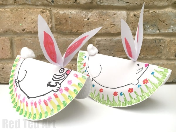 Oh my goodness, these Rocking Bunnies are so CUTE!!! Love how very easy these paper plate bunny rabbits are to make (and no mess, no paint, and only a tiny bit of glue) and yet how adorable they are! Love love love Paper Plate Crafts for Easter!! #bunny #rabbit #easter #paperplate #rockingbunny #rockingpaperplate #preschool