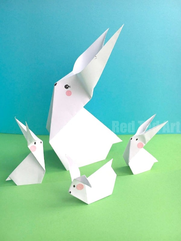 Learn how to make a paper bunny Easter decoration! Cute & Easy Paper Bunny Origami for beginners. Love these! They would make a great decoration for the Easter Table! #Easter #origami #bunny #rabbit #decoration #eastertable