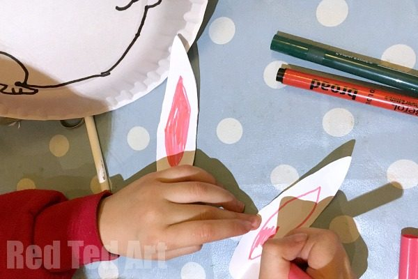 Easy Rocking Paper Plate Bunny Rabbits - a super duper cute Paper Plate Craft for Preschool this Easter or Spring. Make these easy and oh so cute rocking bunnies!! My kids had such a lovely time making them! Love bunny crafts for Easter and Spring!