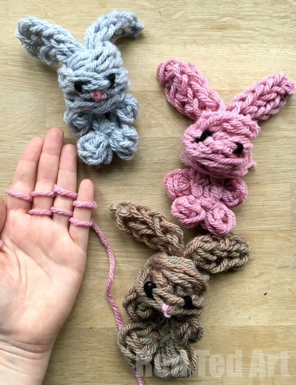 Easy Finger Knitting Bunny Diy Oh My Cuteness How Darling