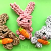 Easy Finger Knitting Bunny DIY