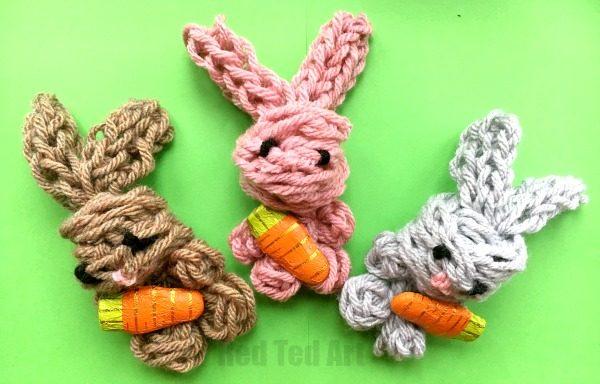 Finger knitting Bunny