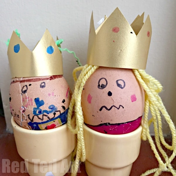 "Family Easter Games: Have your own White House Easter Egg Roll Activity at HOME - Have a go at the GREAT EGG RACE on Easter Sunday. This is a ""quick set up time"", but super fun activity for ALL the family to enjoy. The kids can't wait to give this Easter Activity another go this year! #easter #games #family #eggroll #eastergames #activities"