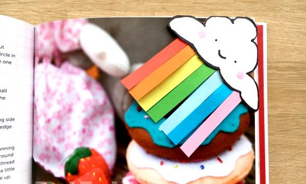 Rainbow Corner Bookmark DIY