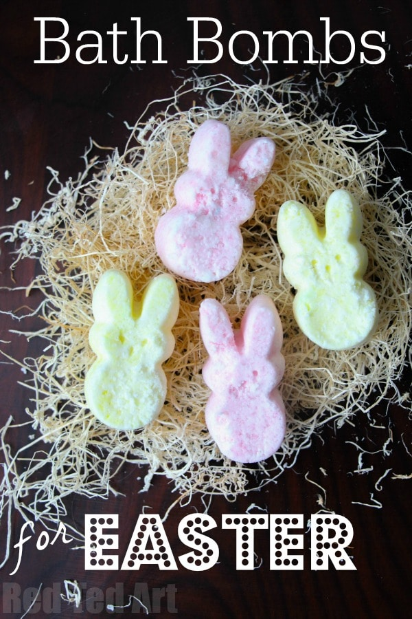 """Easter Bath Bomb Recipe - adorable Peeps Bath Bombs - a great Easter Bath Bomb Recipe to make with or for the kids. Love this as an alternative """"no Treat Easter Gift"""" for big and small. Make them as Bunny Peeps or Chick Peeps or whatever Easter shape you fancy. Great easy bath bombs recipe"""