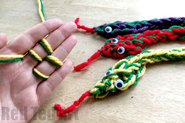 Finger Knitting Snakes Red Ted Art Make Crafting With Kids Easy Fun